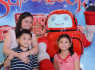 Superbook Receives Cheers at Robinsons Magnolia