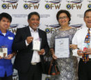CBN Asia Awards the 3 Outstanding Finalists of Huwarang OFW 2016