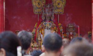 Chinese Sea Goddess Mazu Arrives in Manila | The 700 Club Asia