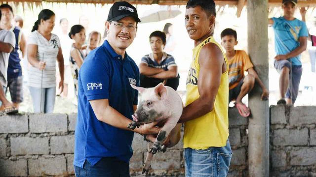 Operation Blessing Brings Hope to Communities in Leyte