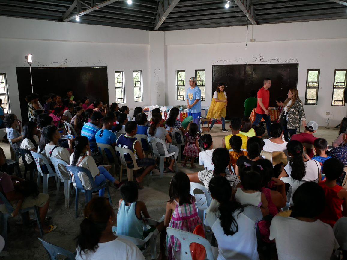 Pamilya Maleta and Operation Blessing 03
