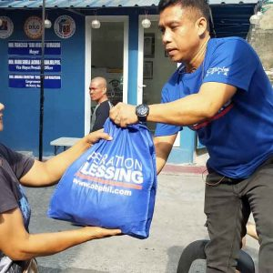 Rising From The Ashes – Operation Blessing Gives Hope To Fire Victims In Sta. Ana, Manila