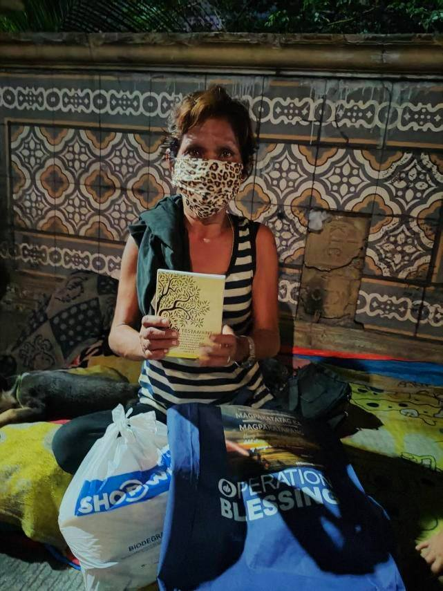 Operation Blessing Relief for Homeless kababayans 7